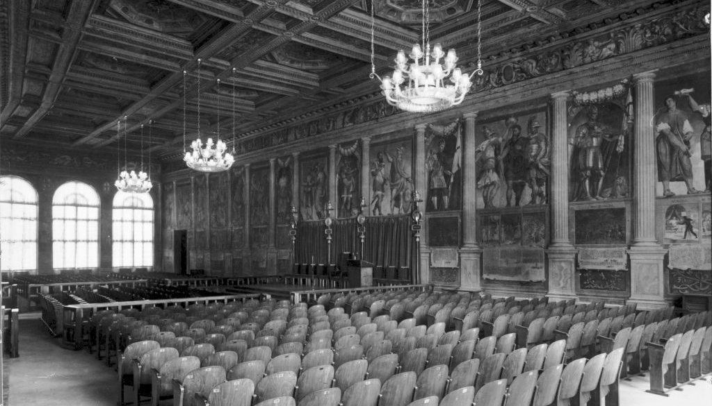 La Sala dei Giganti dopo il riassetto di Gio Ponti