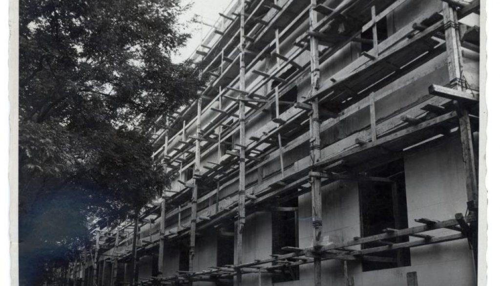 Liviano: facciata in costruz