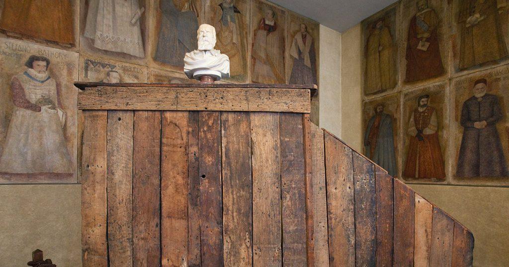 Galileo formula la legge sulla caduta dei gravi